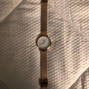 Rose Gold Daniel Wellington 32 mm Watch